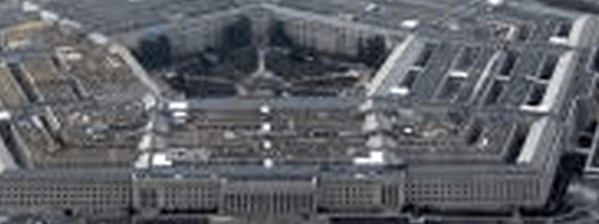 The transfer of secret information to a Lebanese citizen and a Hezbollah supporter is charged with a Pentagon employee by the US Department of Justice.
